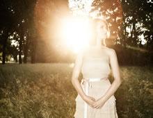 Sun-Eyed Girl
